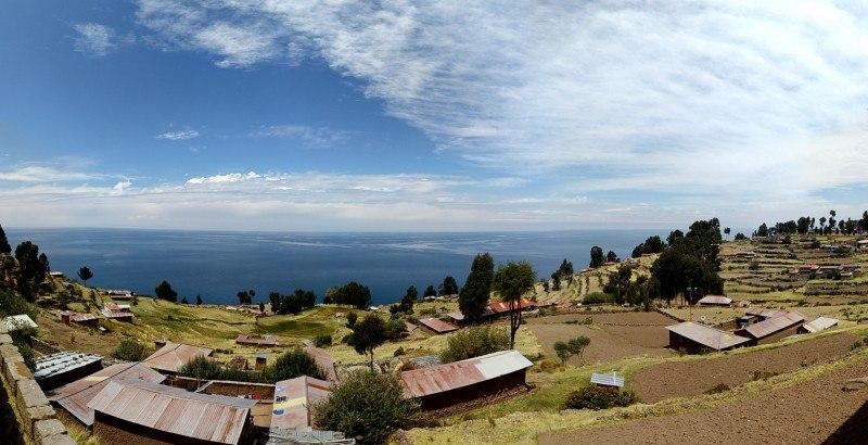 Panorámica de la Isla Taquile - Foto con OnePlus One